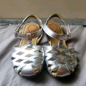"""Stride Rite """"Lottie"""" Silver Sandals Sz 9"""
